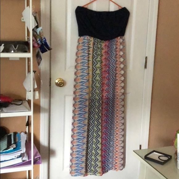 Lily Rose Dresses & Skirts - Strapless maxi dress